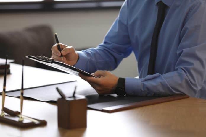 Advokat på arbejde